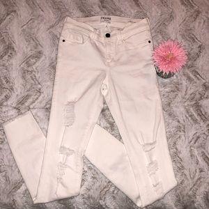 Frame distressed white le skinny de Jeanne Jeans